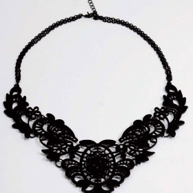 TREND WATCH:  CHOKERS AND COLLAR NECKLACES // Fall 2012